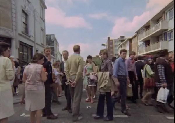 Portobello Market crowds
