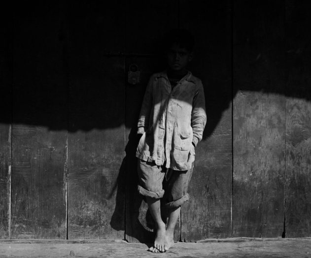 L'Accusateur, Delhi, Inde 1955