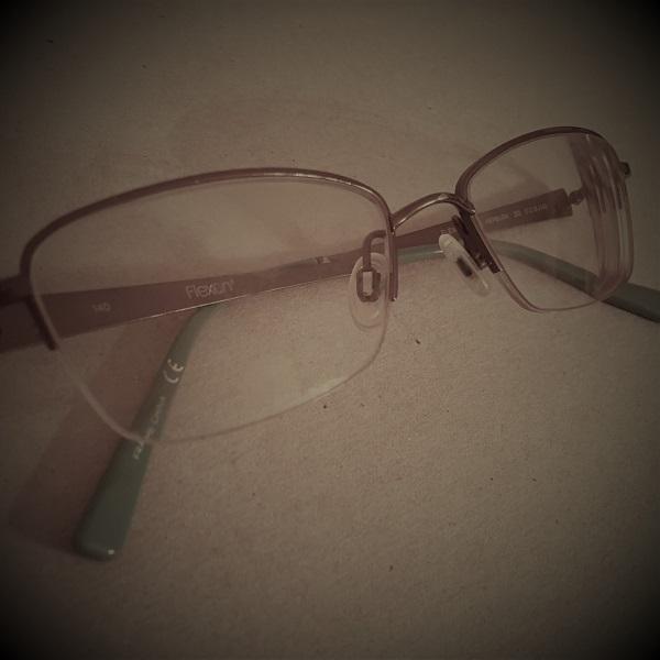 Flash Fiction: Glasses