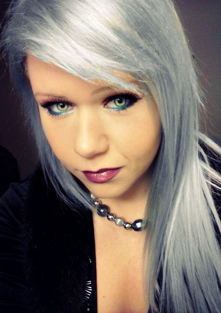 Makeup Green Eyes Grey Hair Saubhaya