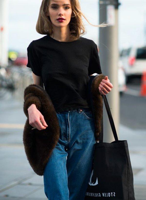 style-et-confort-jeans-boyfriend-sur-la-rue