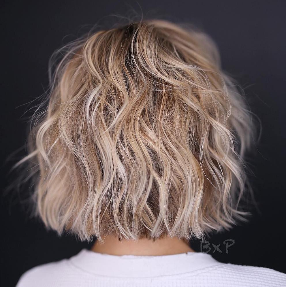 50 meilleures coiffures courtes à la mode pour les cheveux fins