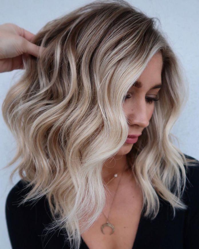 Balayage cheveux blonds et bruns