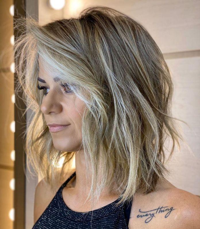 Coupe de cheveux Shaggy Lob pour femme