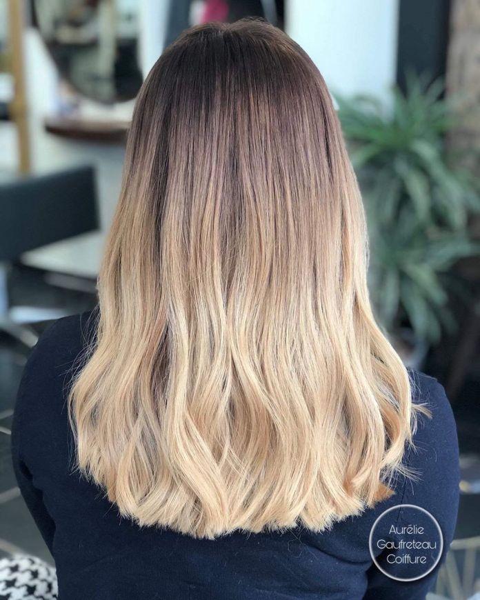 Ombre blonde aux racines étirées
