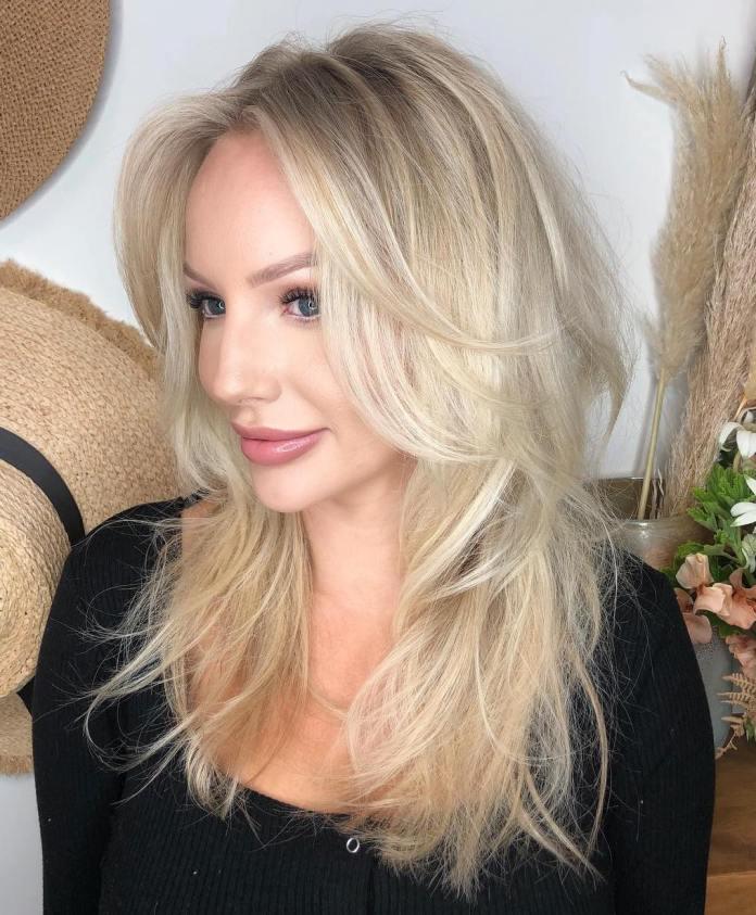 Coupe de cheveux longue en couches pour cheveux fins