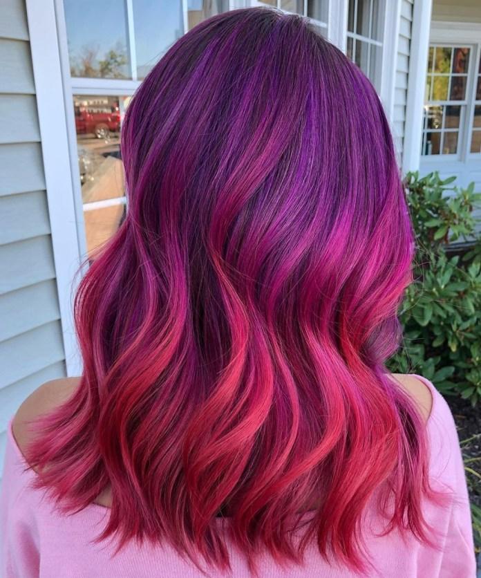 Cheveux Balayage Violet Rouge Vif