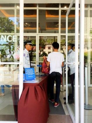 Cebu - Security at the mall
