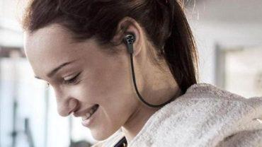 Best Bluetooth Earphones Under Rs 2000 to Buy in 2017 6
