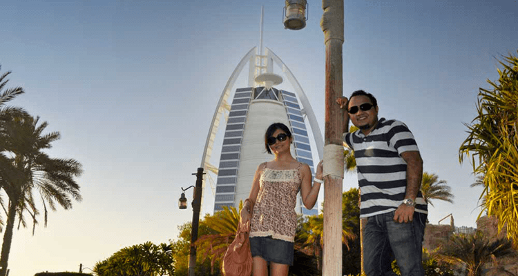 Moving in With Partner in Dubai