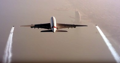 Jetman Dubai and Emirates A380