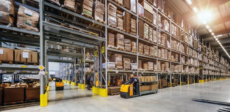 Warehousing Distribution Center Services