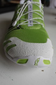 Protective rubber on the toe box.
