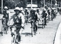1942 March Japanese Soldiers Invade