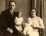 1927 April Family Gerichhausen