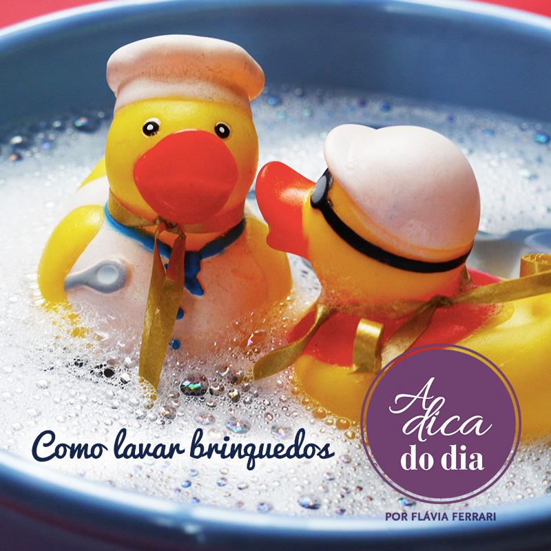 como lavar brinquedos