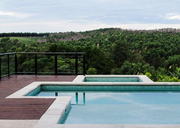 arquitetura-casa-fazenda-serra-azul-estrutura-metalica-FLAVIAMEDINA-arquitetos