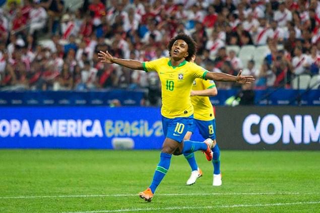 SÃO PAULO, SP - 22/06/2019 - COPA AMÉRICA 2019: PERU X BRASIL - Willian do Brasil durante partida entre Peru x Brasil, válida pela terceira rodada da primeira fase da Copa América 2019, realizado na Arena Corinthians, na zona leste em São Paulo, na tarde deste sábado, 22