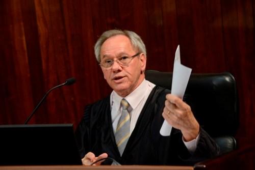 Foto: Conselheiro Algir Lorenzon, do Tribunal de Contas do RS, suspendeu reajuste em Viamão. Foto TCE/RS