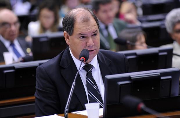 DEPUTADO ALCEU MOREIRA DENUNCIA PRESSÃO DE DEPUTADOS PARA MANTER APOSENTADORIAS ESPECIAIS