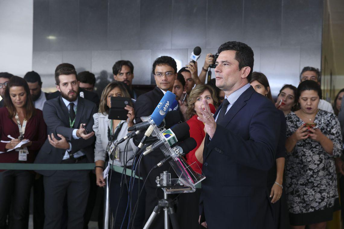 """SÉRGIO MORO: CONDENADOS NÃO DEIXARÃO O TRIBUNAL PELA PORTA DA FRENTE""""."""
