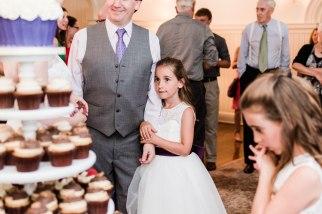 wedding cupcake display at Liriodendron