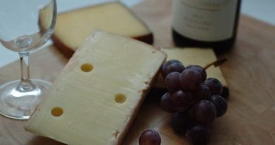 Wine and Cheetos: Fall Comfort Food Wine and Cheese Pairings