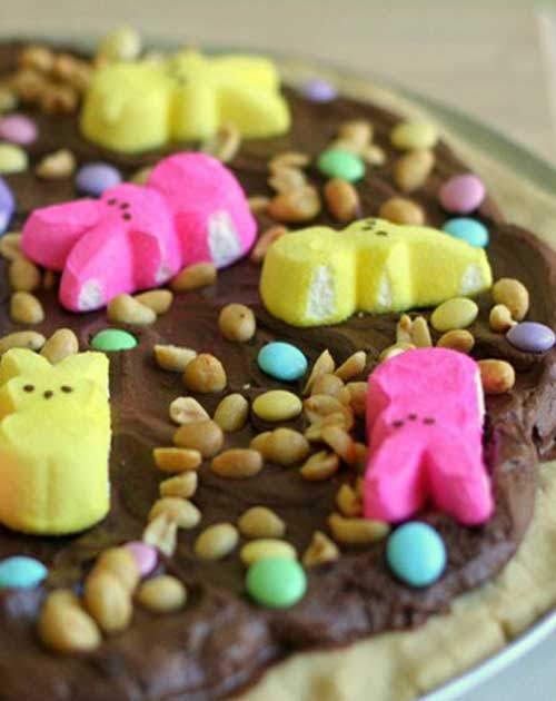 When brainstorming Peeps ideas this year, I came up with some pretty good ones that were shot down: Peeps Sweet Potato Casserole. Peeps-Jello Salad. Twice-Baked Peep-Topped Sweet Potatoes. Peeps Ambrosia. The idea that did make the cut: Peep-Za. #Easter #dessert #pizza