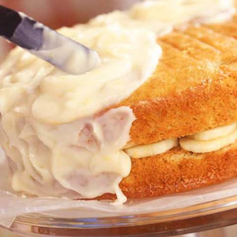 Recipe for Banana Layer Cake with Lemon Cream Cheese Frosting - This is one of (if not) the BEST banana cake I have ever tasted!