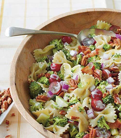 Broccoli Grape and Pasta Salad