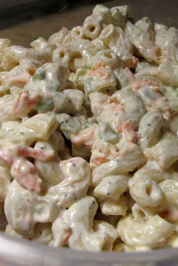 Highly addicting and FULL of flavor, this Hawaiian Macaroni Salad would easily be at home here in the Deep South amidst some pork ribs or pulled pork sandwiches! #macaroni #pasta #salad #sidedish