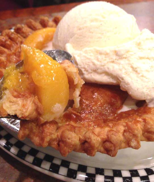 how to tell when peach cobbler is done