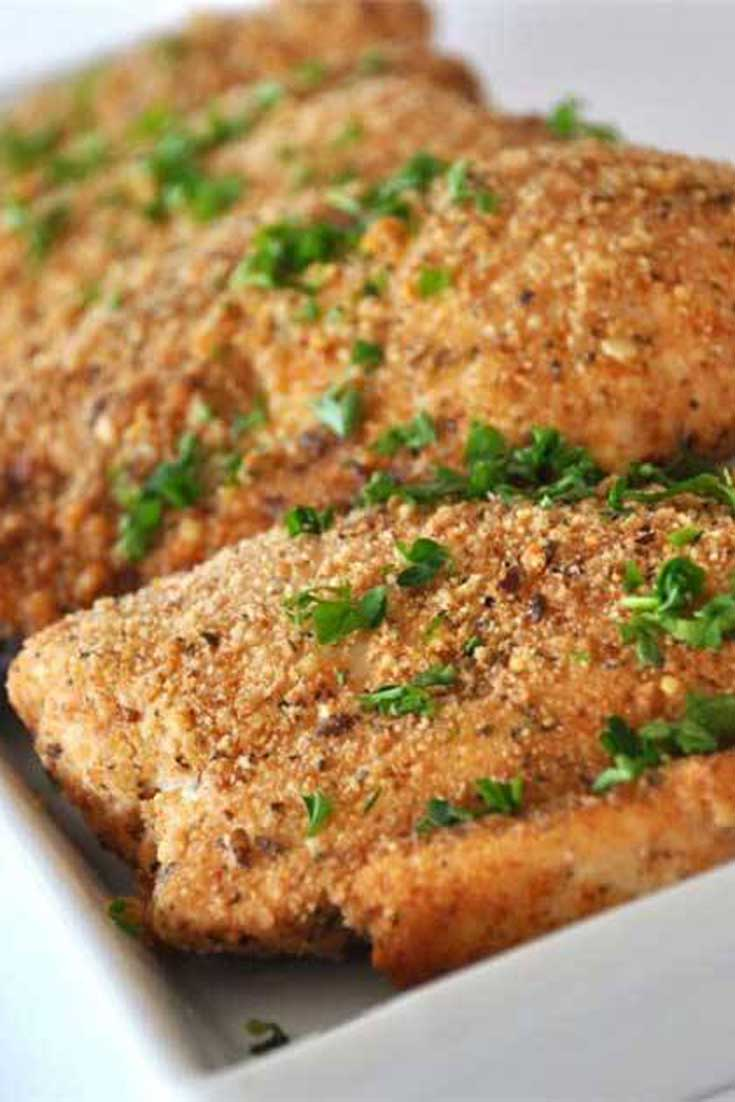 The unique combination of ingredients in this Baked Paprika-Parmesan Chicken makes a fantastic dish that all your family will love. #chicken #dinnerideas