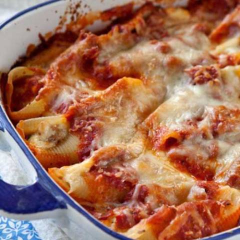 Recipe for Sausage and Cheese Stuffed Shells - Now, if this hearty, homey, stick-to-your-ribs, Italian comfort food doesn't hit the spot, I don't know what will.