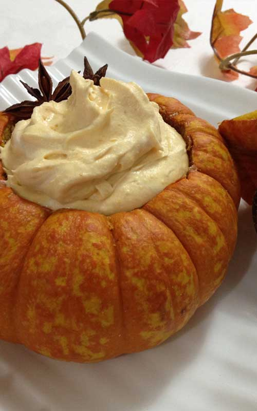 The spicy-sweet flavors of pumpkin pie are whipped to velvety, airy perfection in this five-star Heavenly Pumpkin Mousse.