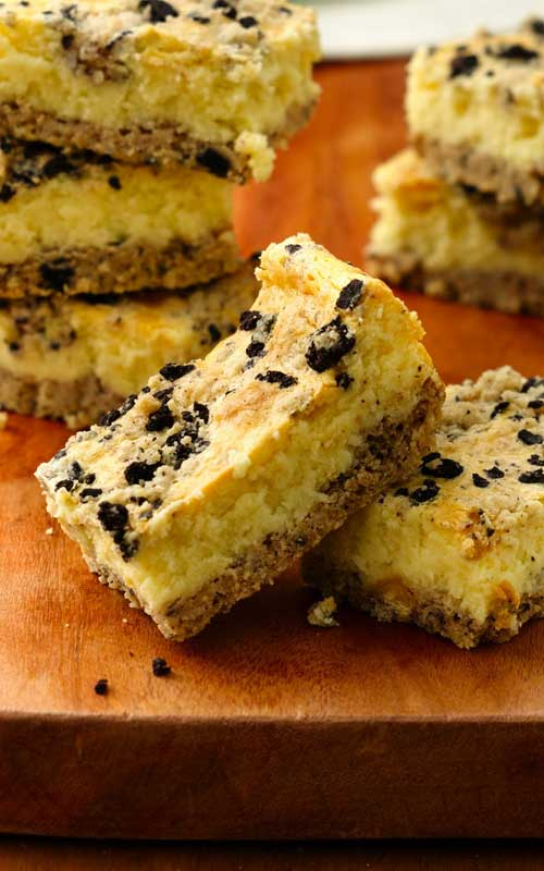 Wanting a quick and easy dessert, that they will all love? Then give this extra-easy 3-step Cookies and Creme Cheesecake Bars recipe a try!