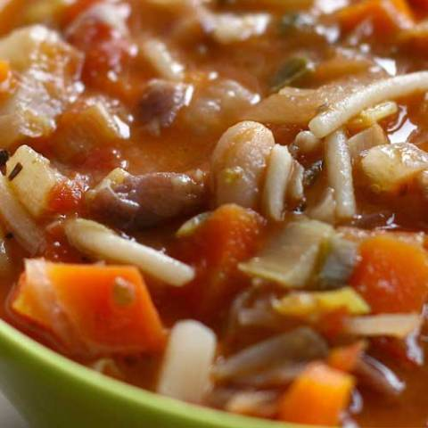 Recipe for Winter Minestrone Soup - This soup really can be made in less than an hour and tastes like it simmered all day. Minestrone lends itself to variations, so improvise with the ingredients that you have on hand.
