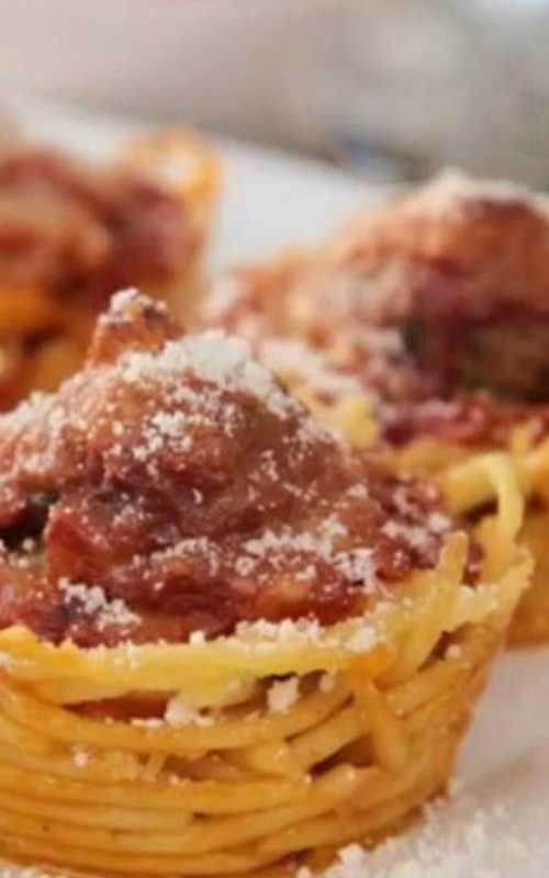 Recipe for Spaghetti Nests - Have you ever made spaghetti nests? They are ever so cute, quick to make and most importantly, very tasty!