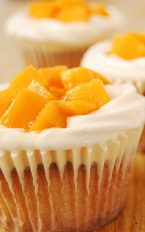 If you love cream cheese and mango together with a super light and moist, bakery-like cupcake...then these Mango Cream Cheese Cupcakes are for you!