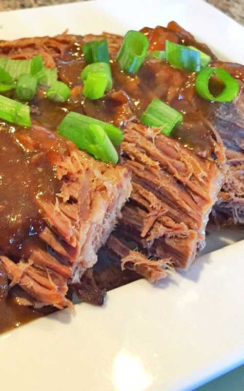 Recipe for Roast Beef with Onion au Jus - This is a tried-and-true foolproof pot roast that my Mama has been making for years and years. Sure to become your family's favorite.