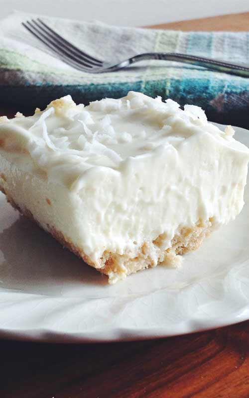 Classic Key lime pie taste in a bar! These easy-bake Key Lime Bars are a refreshing treat for everyday or on any dessert buffet.