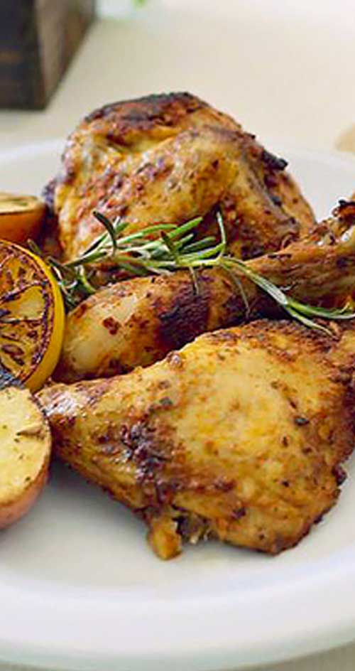 Tasty rosemary and the fresh lemon make this dish explode with so much flavor that you'll want to make this a weekly go-to meal for everyone #comfortfood #chickenrecipe