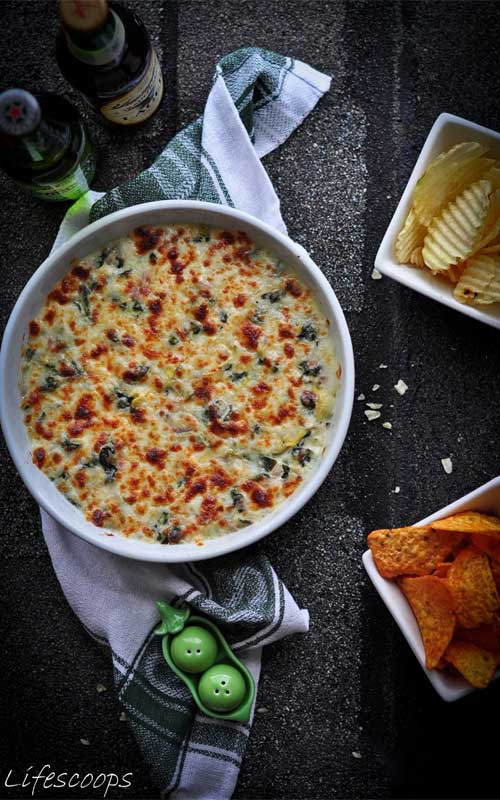 Baked 3 Cheese Spinach and Artichoke Dip