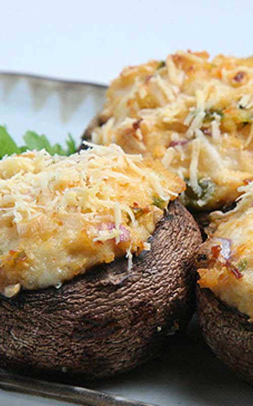 Spicy Crab Stuffed Mushrooms