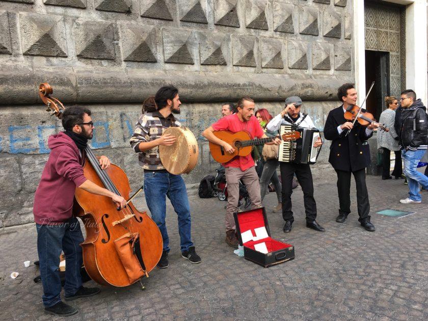 Street musicians in Naples