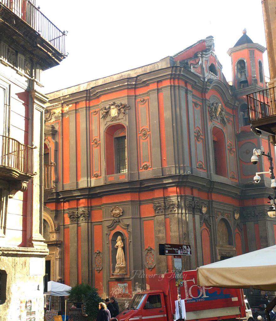 Piazza San Domenico Maggiore, Naples