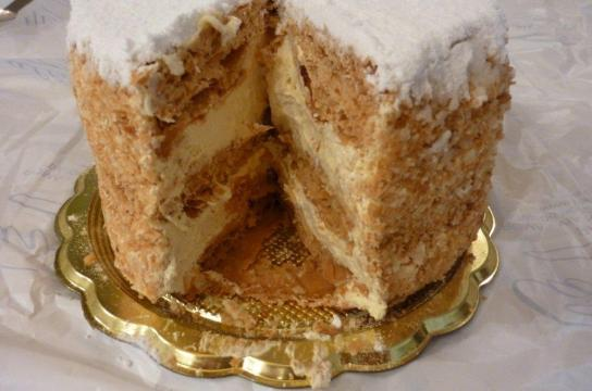 Millefoglie from Cavaletti: the Queen of England's favorite place!