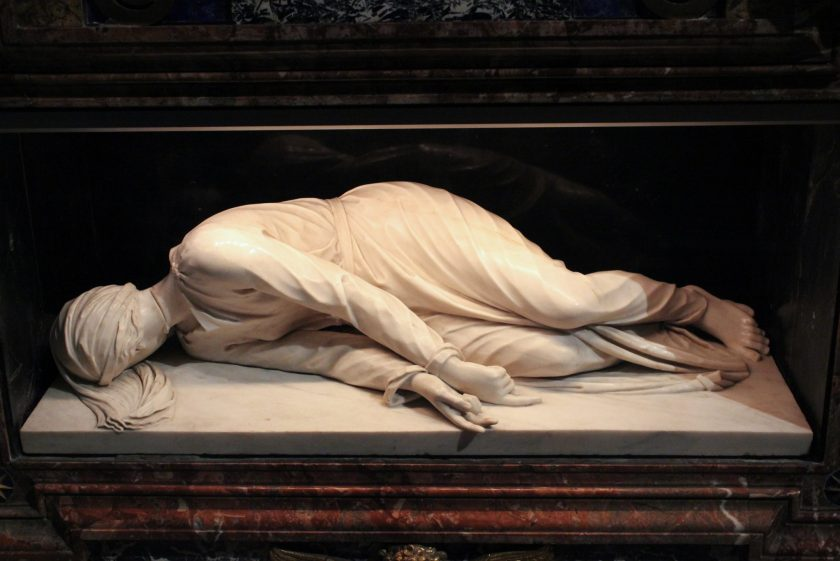 Marble sculpture of Santa Cecilia, sculpted by Carlo Maderno
