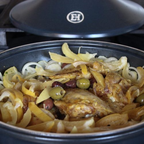 Chicken tagine with preserved lemons, a wonderful Maroccan dish!