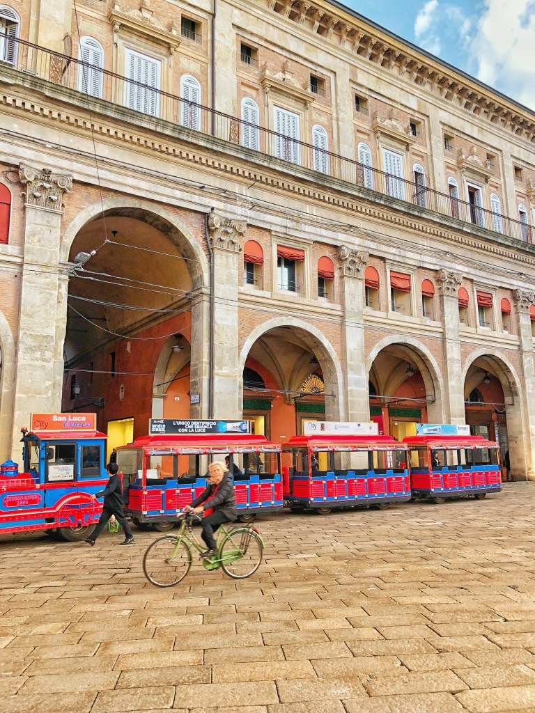 Red City tourist buses in Bologna